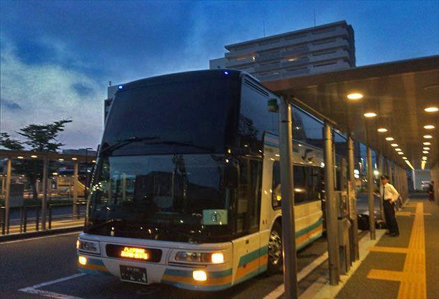 JR四国のドリーム高知号の画像